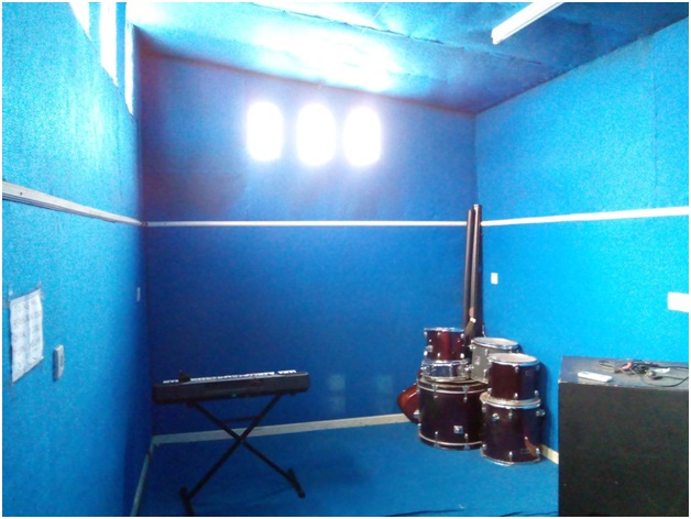 Ruang Studio (Band)